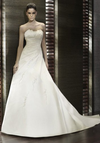 a-line/princess scalloped neck chapel train satin strapless wedding dresses