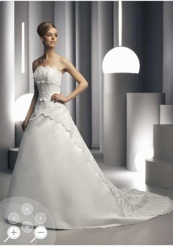Fashionable flowery bright strapless wedding dresses