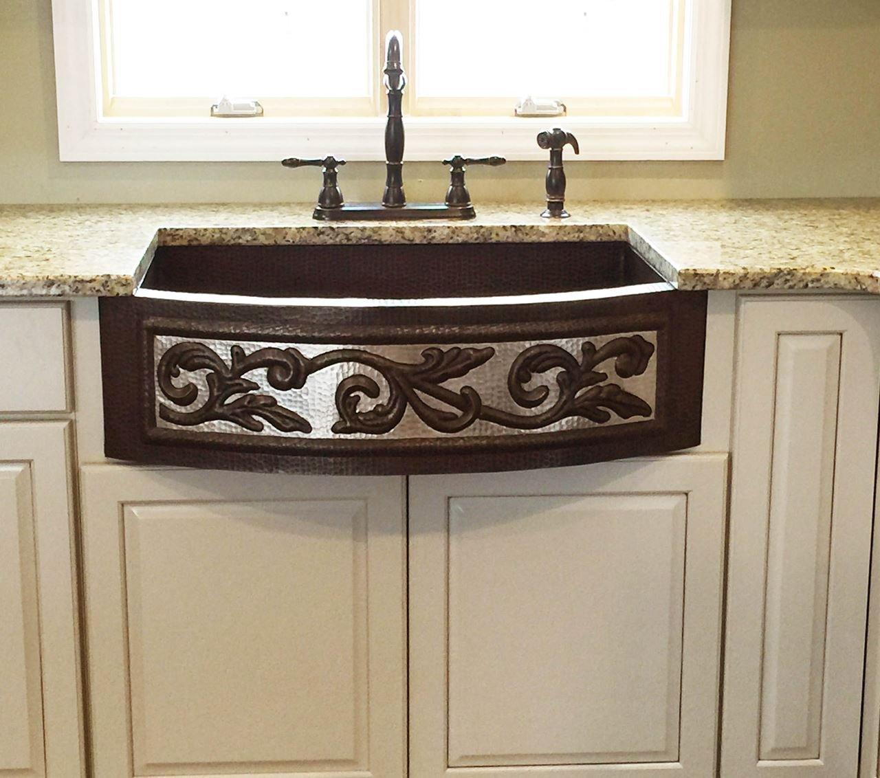 "33"" SINGLE-BOWL HAMMERED 100% COPPER FARMHOUSE SINK Curved Front w/ Vine Design"