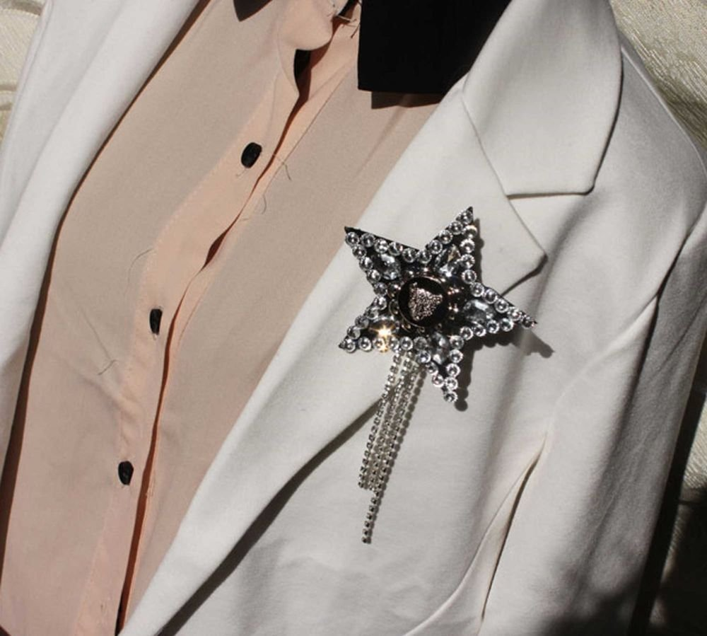 ROCK PUNK LADY MEN WEDDING TIGAR BUTTON STAR APPLIQUE CORSAGE TASSEL BROOCH PIN