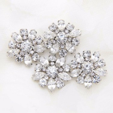Lot of 2 Vintage Style Flower Wedding Rhinestone Crystal Shank Buttons DIY