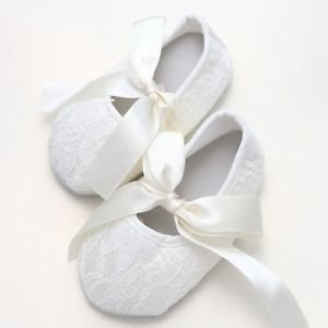 Infant Newborn 0-18 mths Baby Girl Ivory Cream Flower Lace Ribbon Bow Ties Shoes