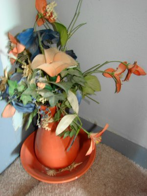 Peach pitcher and bowl with silk flowers