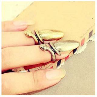 Handmade Finger Nail Ring III Tak Fung Hong Hk