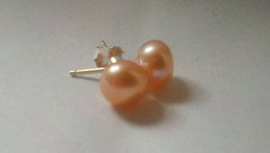 6mm Pearl Stud in Sterling Silver