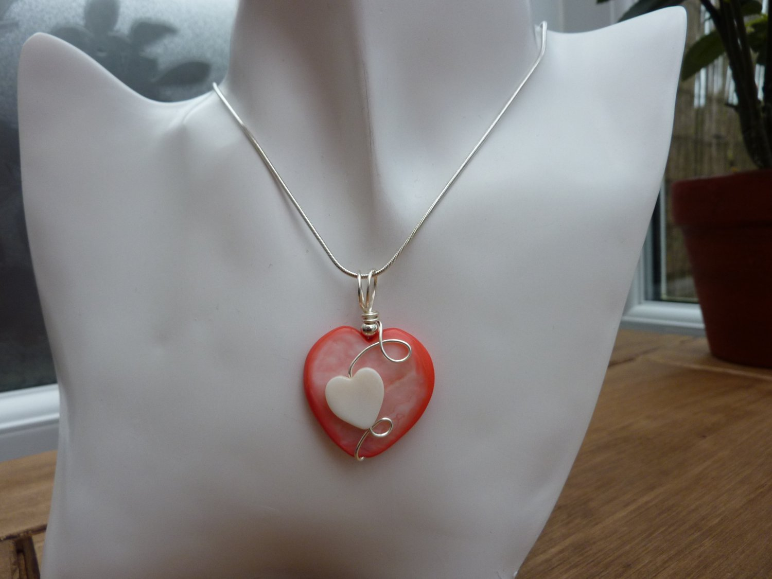Heart Pendant, Mother of Pearl, Pink or White, with chain