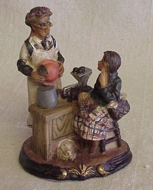 Vintage Old-Time Figurine - Memory Lane Collectibles