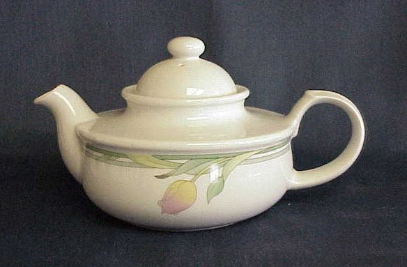 Toscany Collection Floral Teapot