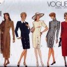 V1010 Vogue Pattern *BASIC DESIGN* Dress Miss Petite Size 6, 8, 10