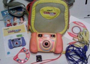 Vtech Kidizoom Digital Camera w/Case,2G Card, & More **FREE SHIPPING