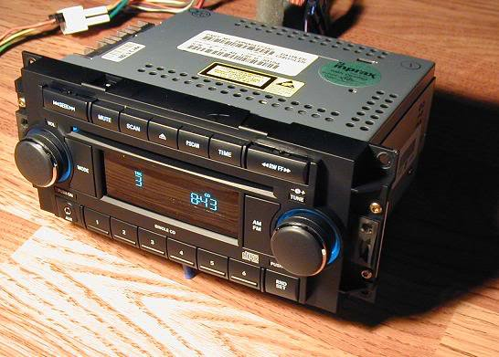 DODGE RAM CHRYSLER 300 RADIO CD PLAYER IPOD AUX MP3 INPUT 35mm PT