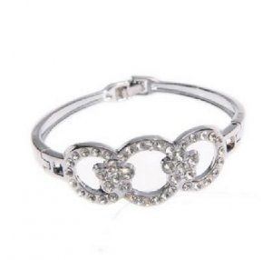 Silver Three Ring Circle Rhinestone Bracelet