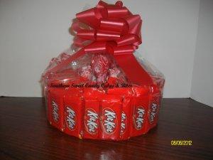 Handmade Candy Bar Cake Kit Kat Round Free Shipping