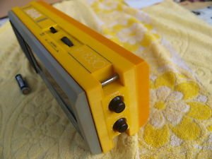 VINTAGE USSR RUSSIAN SOVIET AM LW TRANSISTOR RADIO ABAVA RP 8330 GREY YELLOW