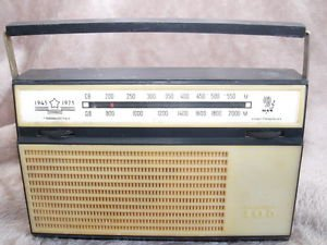 VINTAGE RARE SOVIET RUSSIAN USSR RADIO ALPINIST 405 AM LW RADIO 30TH ViCTORY WW2