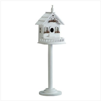 Wood B-House/Feeder On Stand