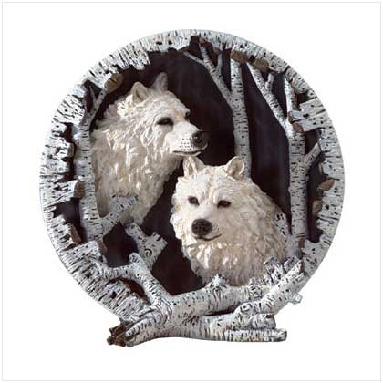 WHITE WOLVES PLATE