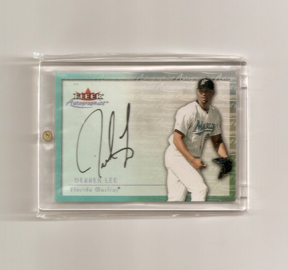2001 Fleer Autographics Derrek Lee Auto
