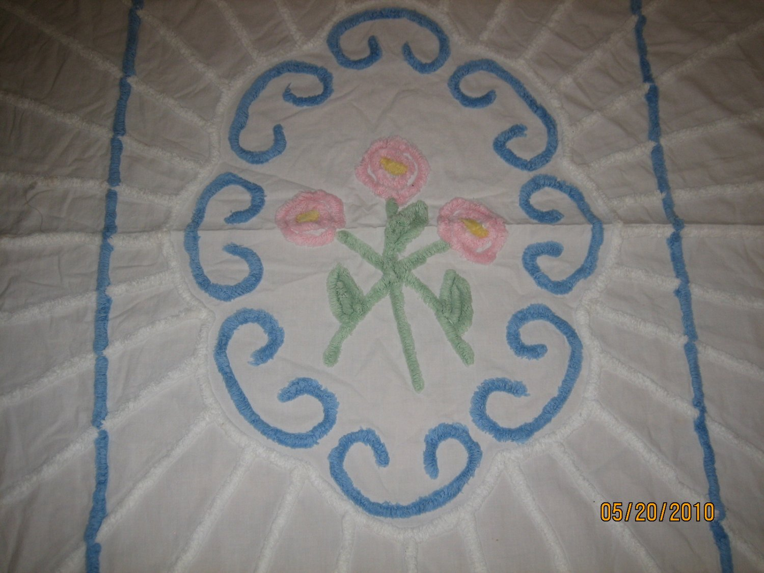 Vintage Chenille Baby Blanket 44 by 68