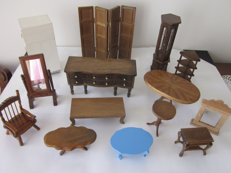 14 Pieces Sturdy Dollhouse Furniture