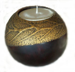 MANGO WOOD  CANDLE HOLDER AND STAND