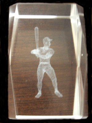BASEBALL PLAYER HOLOGRAM PAPER WEIGHT