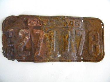 Antique License Plate � California 1945 271178