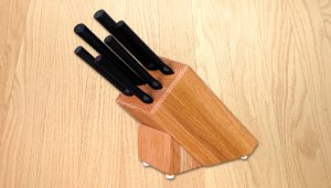 Creative Cuts Oak Block Set By Rada Cutlery