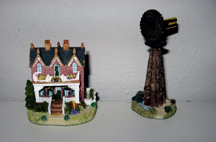 """""""Aunt Alice's Quilt Shop"""" & """"Farmer Wilson's Wind Mill"""", Liberty Falls House Collection, AH126"""