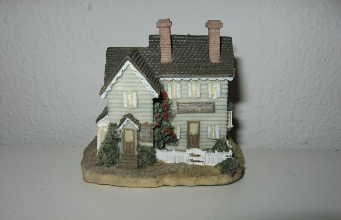 """Mrs. Applegate's Boarding House"", Liberty Falls House Collection, AH24"