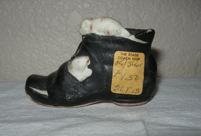 Black Shoe with Mice on Top and Side Made in Japan