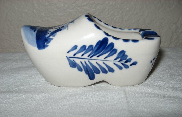 Hand Painted Ceramic Delft Blue Dutch Clog (Korea).