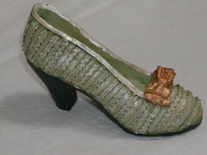 Miniature Green High Heel Shoe with Gold Bow