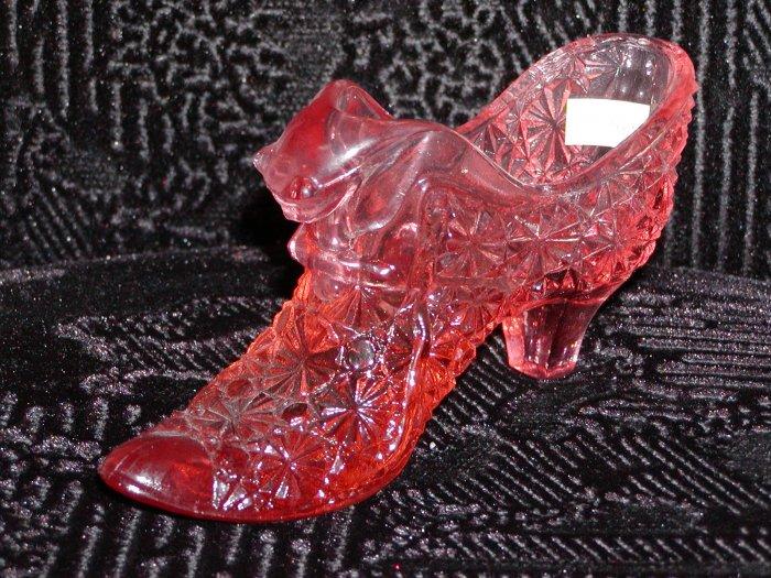 Fenton light Rose Daisy Button Cat Glass Slipper.