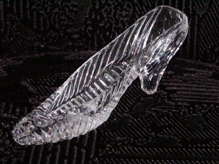 24% Lead Crystal Slipper by Godinger (Taiwan).