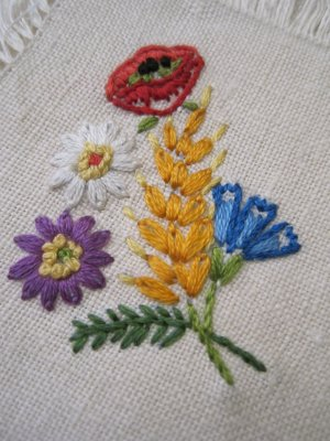 Vintage Pocket Handkerchief with Beautiful Embroidered Flowers