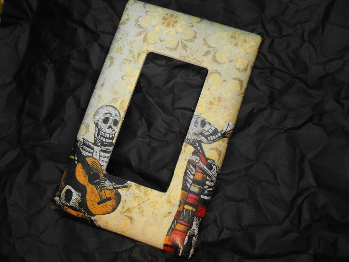Single Switch Plate Cover, Flat, Day of the Dead Couple with Yellow Background