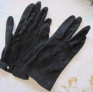 Vintage Ladies Black Leather Gloves with Faux Pearl Bead Accents