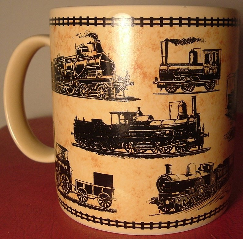 BEAUTIFUL COLLECTIBLE CERAMIC MUG WITH STEAM TRAINS EVOLUTION NM