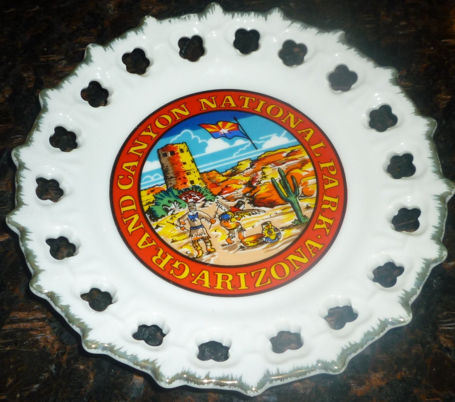 "VINTAGE PORCELAIN ARIZONA GRAND CANYON NATIONAL PARK LATTICE EDGE PLATE 8"" 1"