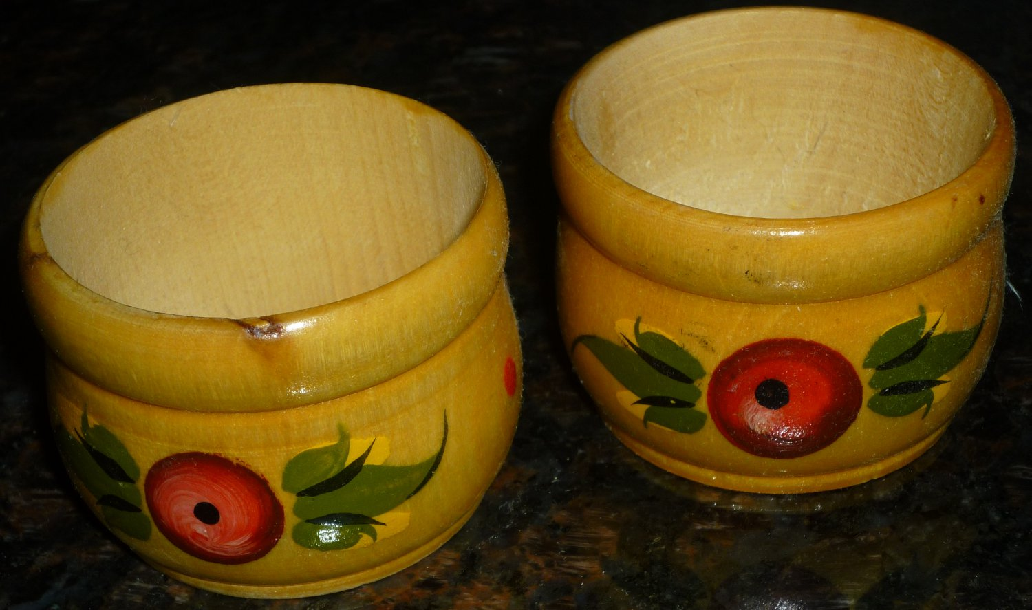 VINTAGE HANDCARVED HANDPAINTED OPEN SALT EGG HOLDER SET OF 2 RUSSIA