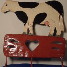 VINTAGE 3 HOOK METAL HANDPAINTED COW 3 HOOK RACK CHABBY CHIC