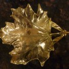 VINTAGE SOLID BRASS HEAVY MAPLE LEAF DISH ASHTRAY 1950