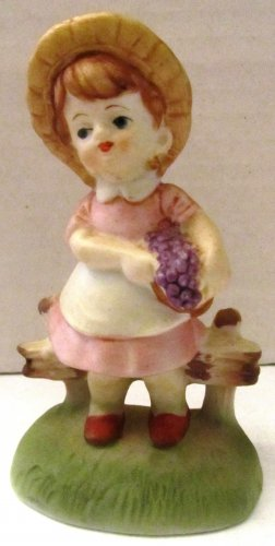 CHARMING PORCELAIN MINIATURE FIGURINE GIRL WITH GRAPES NORLEANS TAIWAN
