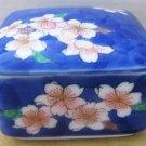 VINTAGE PORCELAIN BLUE FLOWERS JEWELRY TRINKET BOX FUKAGAWA ARITA JAPAN