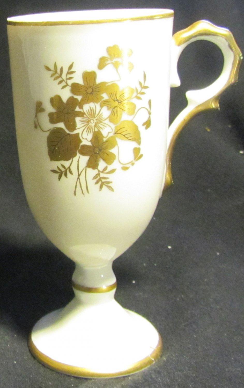 VINTAGE INARCO MINIATURE PEDESTAL COFFEE TEA CUP MUG GOLD FLOWERS