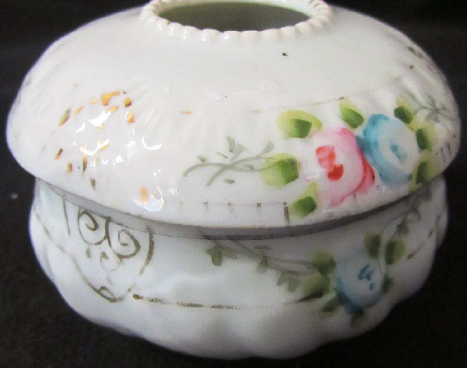 ANTIQUE NIPPON HAND PAINTED PORCELAIN HAIR RECEIVER VANITY ACCESSORY