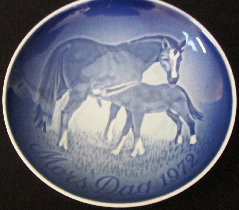 """ROYAL COPENHAGEN BLUE PORCELAIN HORSES PLATE MOTHER'S DAY 1972 DENMARK 6"""""""