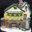 DEPARTMENT 56 CHARLES DICKENS HERITAGE COLLECTION THE GRAPES INN 1996 ORNAMENT