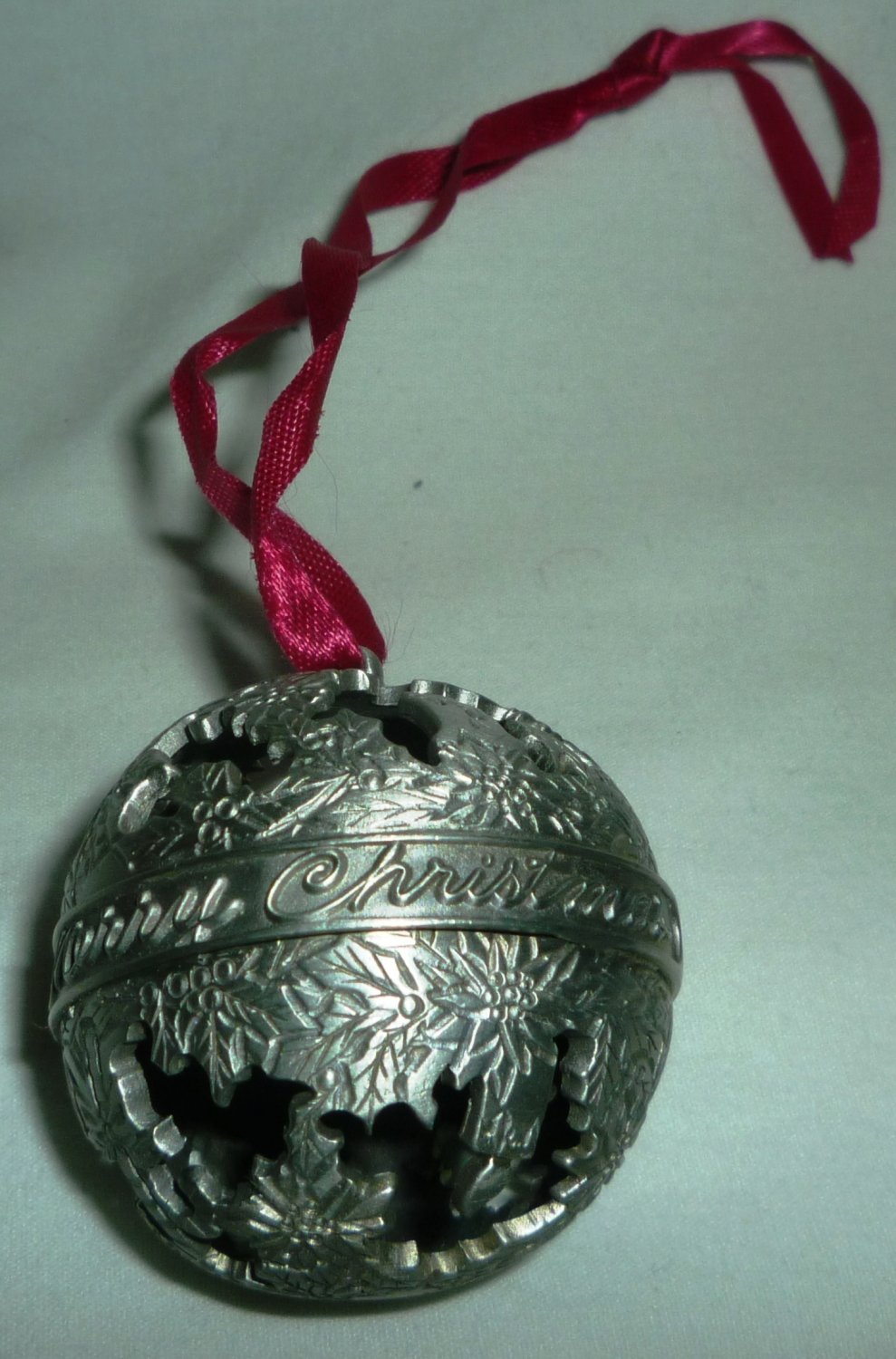 VINTAGE CHRISTMAS PEWTER BALL ORNAMENT 'MERRY CHRISTMAS' HOLY LEAVES